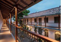 Fort Bazaar Courtyard