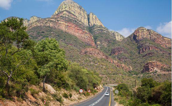 Driving through the Drakensberg Mountains