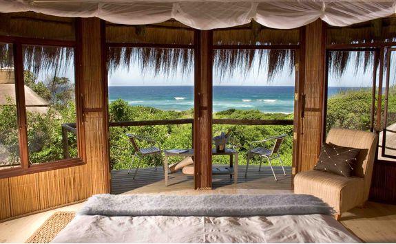 Thonga Beach Lodge accommodation