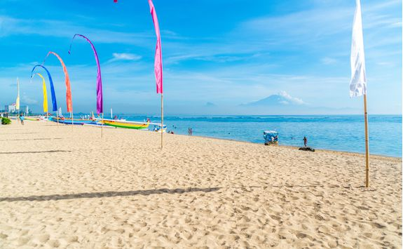 Sanur beach flags