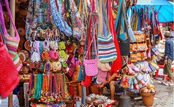 ubud street bag clothing market