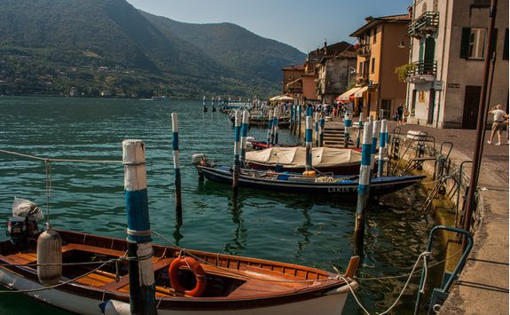 lake iseo boats
