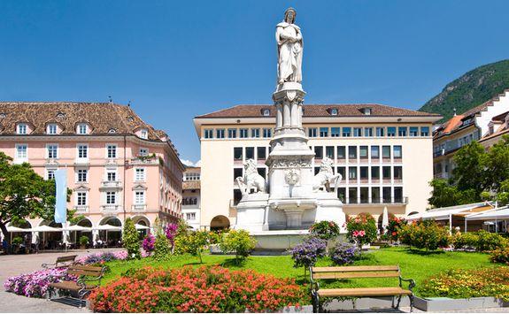 bolanzo square