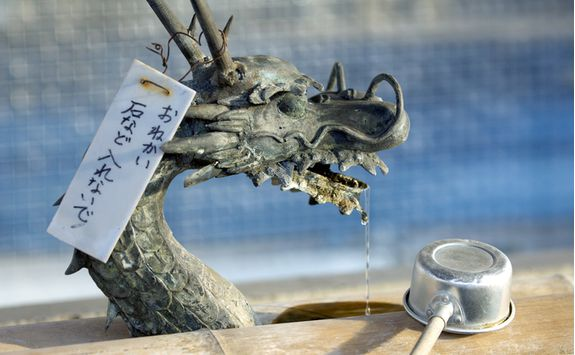 Dragon detail at Sensoji Temple in Tokyo
