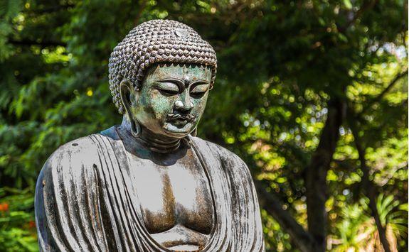 Daibutsu bronze Buddha statue in Kamakura