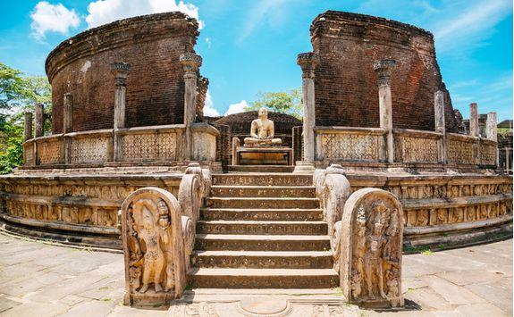 polonnaruwa ruin