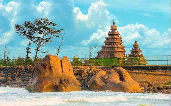 Mahabalipuram and sea