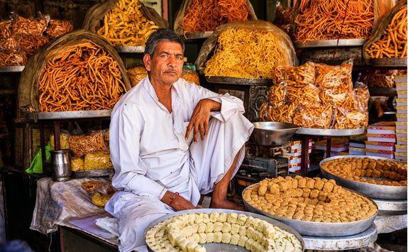 A street vendor in Delhi
