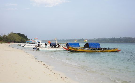 Boats on the shore of Jalakara