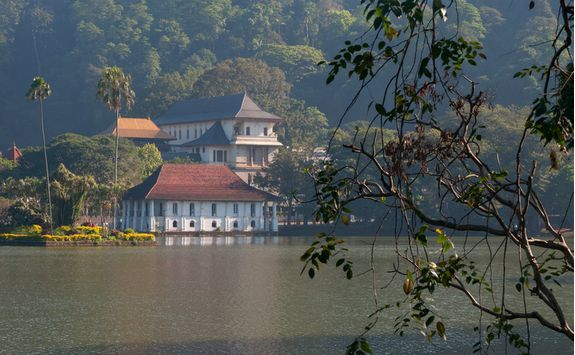A temple by a lake in Kandy