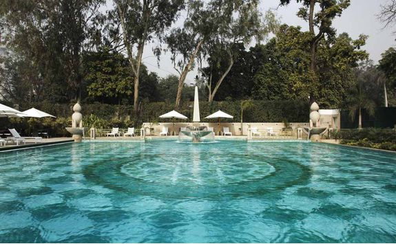 Swimming pool, Imperial Hotel