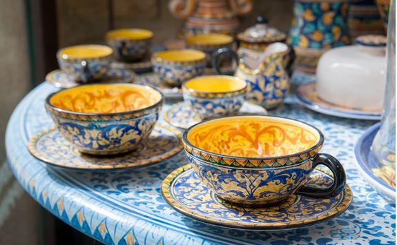 Sicilian ceramic teacups