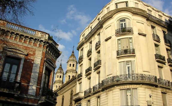 Architecture in San Telmo