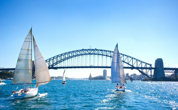 Boats in front of the Harbour Bridge