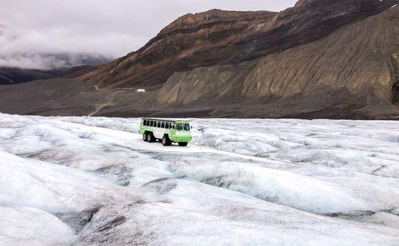 Brewster Snocoach, Athabasca Glacier