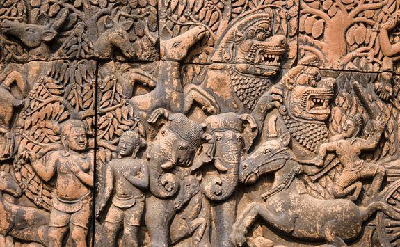 Banteay Srei carving