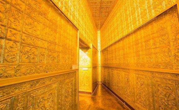 Gold Shrine