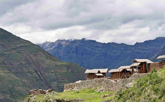 Pisac houses