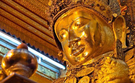 Mmandalay Buddha