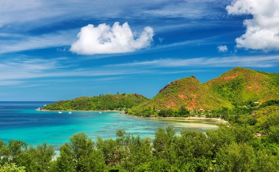 A view of a Seychelles tropical island