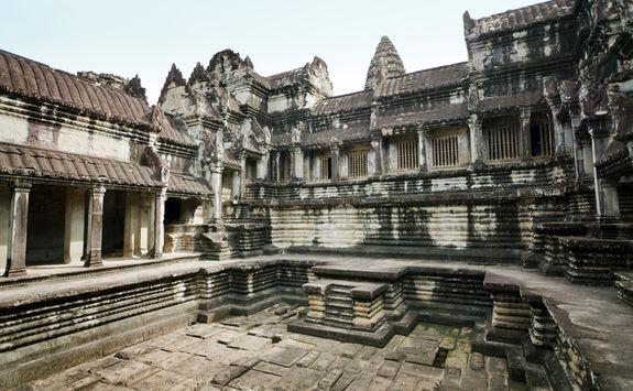 Angor Wat Courtyard