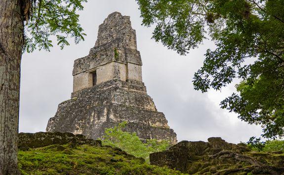 Mayan temple ruins