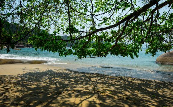 Angra dos Reis beach