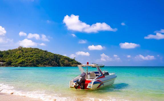 Motor boat on Koh Samet