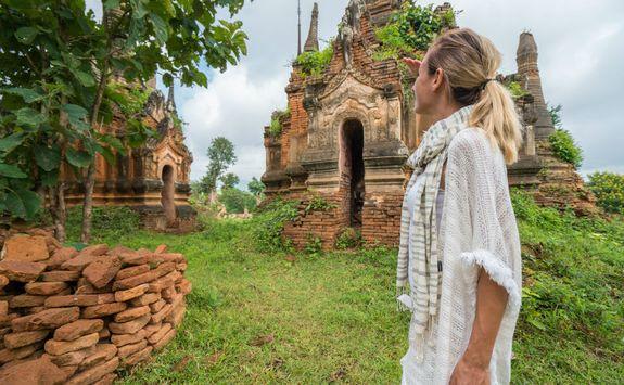 Nyaung Shwe temples