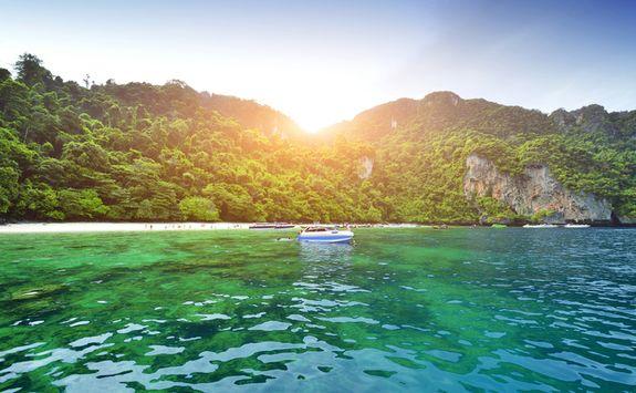 Boat around Phi Phi Islands