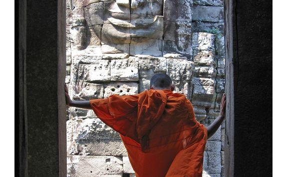 cambodian monk at Bayon temple