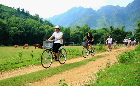 Mai Chau biking