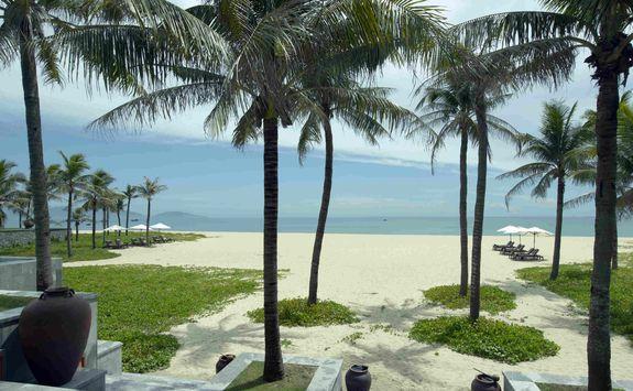 Nam Hai beach
