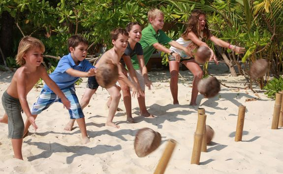 Coconut bowling