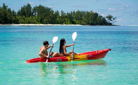 kayaking in the seychelles