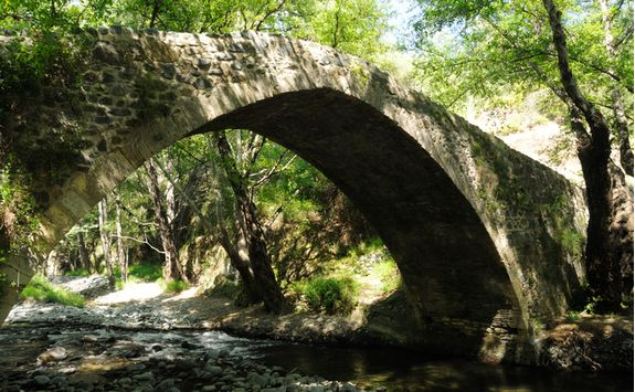 Kelefos Bridge