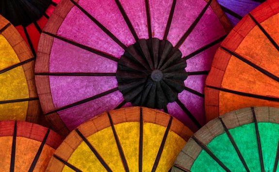 vientiane market umbrellas