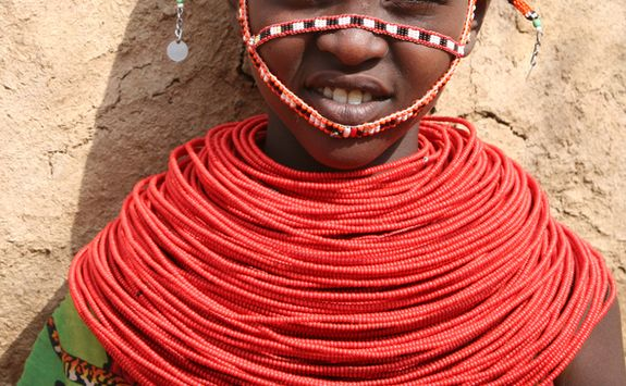 Girl with neck rings