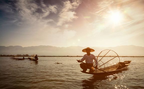 Long tail boat on Lake Inle
