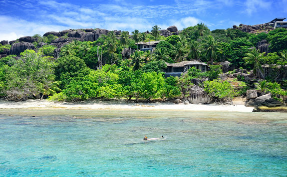 Snorkelling in the Seychelles