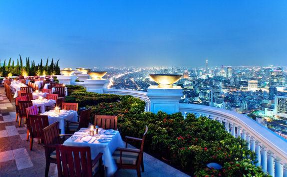 dinner bankok view