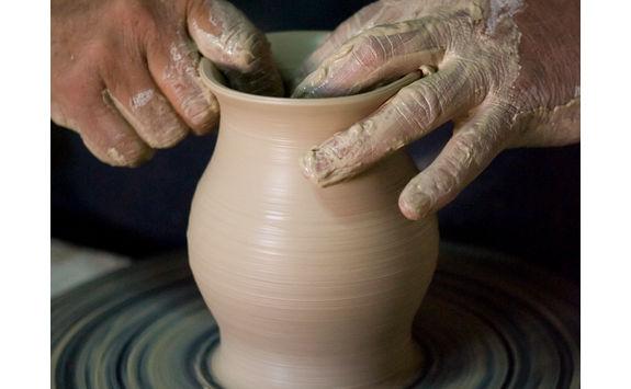 vase ceramics making