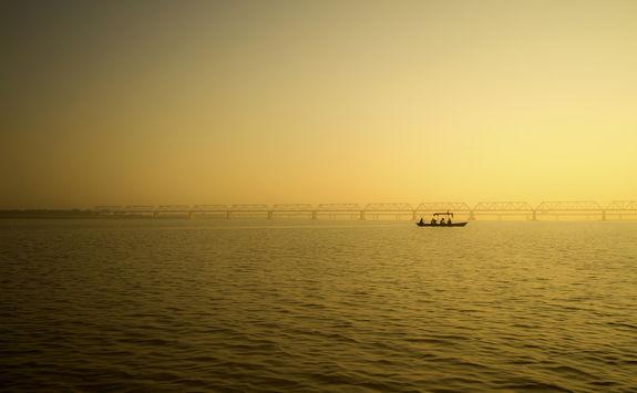 Pilgrims across the River Sarayu