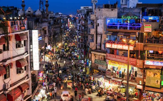 Busy street in Delhi at night
