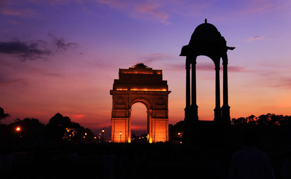 The India gate at sunset