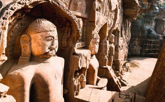 gwalior statue