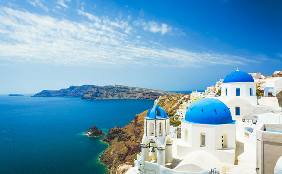 Clifftop hotels in Santorini