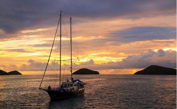 Boat in a sunrise