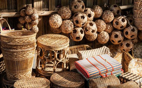 Rattan souvenirs in Myanmar
