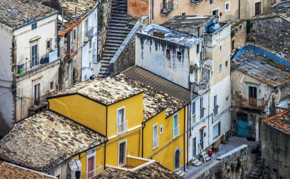 old colourful houses